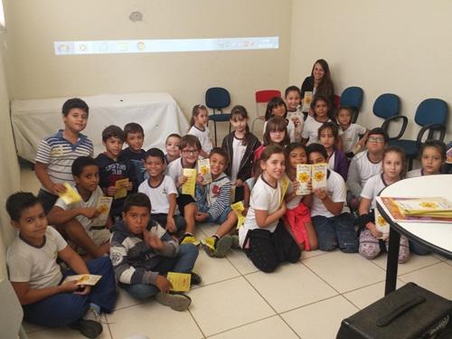 CRAS - Irapuã realiza atividades da Campanha Nacional de Combate ao Abuso e Exploração Sexual de Crianças e Adolescentes