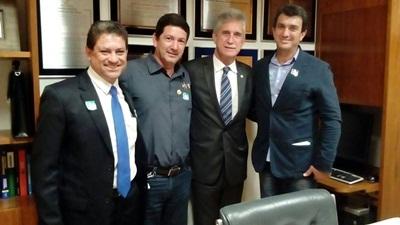Visita a Brasilia, reunião com o Presidente da FUNASA, Rodrigo Sergio Dias, Deputados Federais; Milton Monti, Herculano Passos e Capitão Augusto.