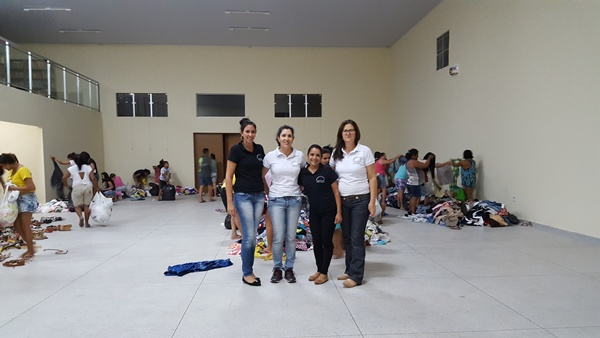 IRAPUÃ REALIZOU CAMPANHA DO AGASALHO 2017