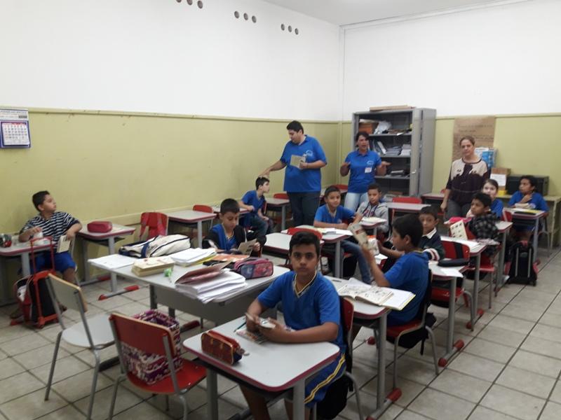 SECRETARIA MUNICIPAL DE SAÚDE DE IRAPUÃ REALIZA TRABALHOS EDUCATIVOS SOBRE ESCORPIÕES NAS ESCOLAS.