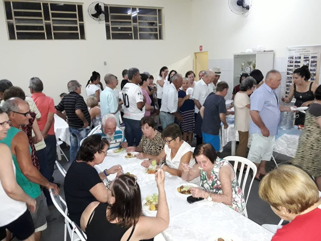 JANTAR MARCOU COMEMORAÇÃO AO DIA DO IDOSO